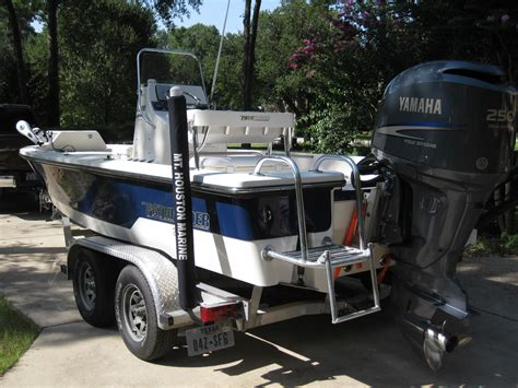 Honda Garage Hull by 2008 Pathfinder For Sale Sold The Hull Boating