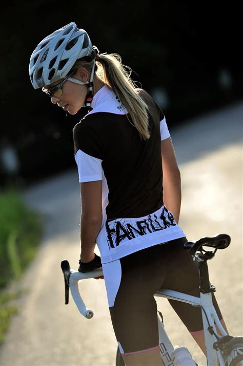 hot female bicycle riders yet another quot why quot there should be more female bicycle