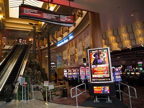 winners circle chinook winds casino