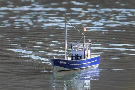 fishing boat build kits aeronaut mowe 2 fishing boat kit to build 3091 00 model