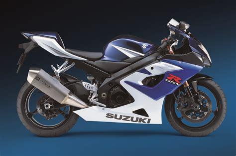 Suzuki Gsxr 1000 Review Gsx R1000 K5 K6 Suzuki Gsxr 1000 Review Visordown