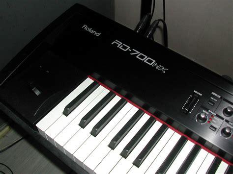 Keyboard Roland Rd 700nx roland rd 700nx image 688017 audiofanzine