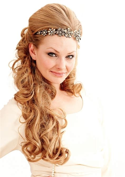 bridal hairstyles pictures for long hair 35 beautiful wedding hairstyles for long hair creativefan