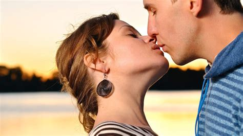 Open mouth kissing and sex videos