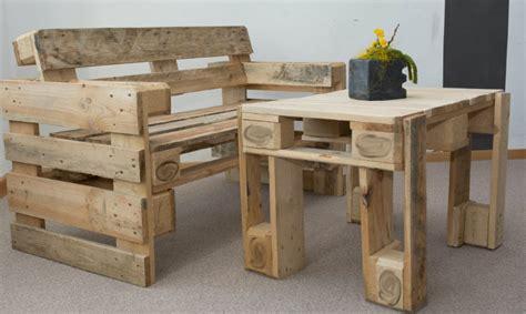 arredare con bancali di legno arredare casa fai da te 3 idee con i bancali di legno