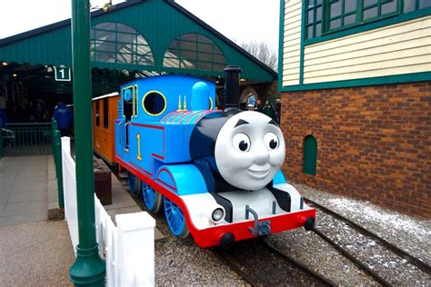 Train Murals For Walls thomas amp friends weekends at drayton manor home of thomas