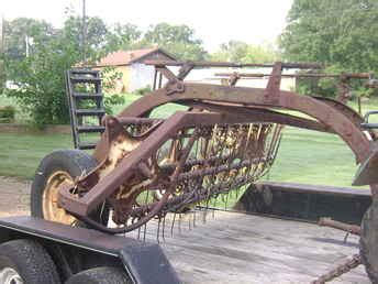 Used Farm Tractors For Sale New Holland Hay Rake 2010 03