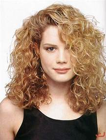 which hair style is suitable for curly hair medium height 20 best haircuts for thick curly hair hairstyles