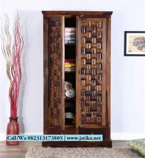 Lemari Kayu Ukir lemari pakaian kayu jati ukir anyaman bambu jatika