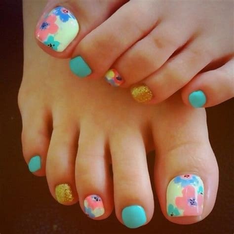 short tonail colors 25 cute and adorable toenail art designs
