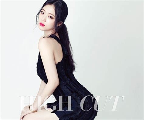 f x sulli f x s sulli awes with striking in high cut