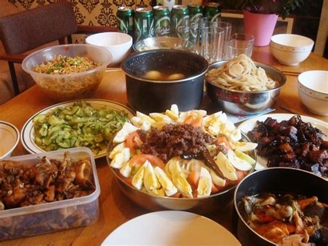 new year celebration food new year tradition 1