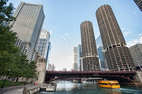 Sale Chicago by Marina City Towers Condos For Sale 300 State