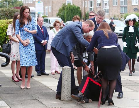 duchess of cambridge kate middleton duchess of cambridge rushes to aid as lord falls as she flashes thigh