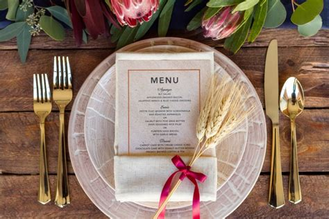 place setting ideas 3 simple thanksgiving place setting ideas the everygirl