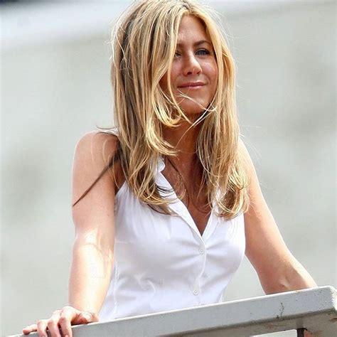 hollywood actress instagram photos jennifer aniston s latest instagram photo photos images