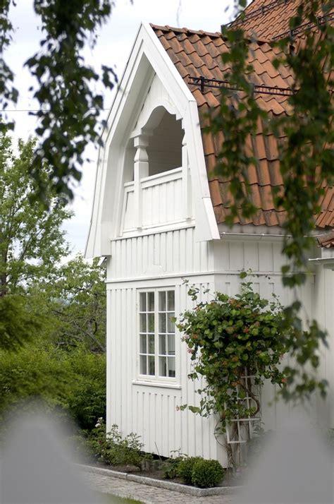 57 best dutch colonial homes images on pinterest asphalt 150 best images about dutch colonial on pinterest dutch