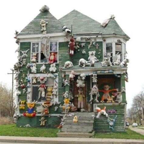 trash house from pottery to portraits 20 amazing works of garbage art urbanist