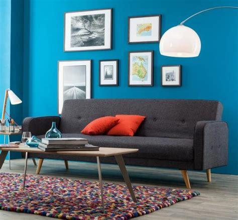 Blaues Sofa Welche Wandfarbe by Wohnen Mit Farbe Wandfarbe In Modernem Blau Bild 4