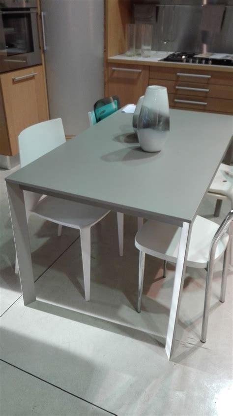 tavoli allungabili in offerta tavolo ingenia rettangolari allungabili tavoli a