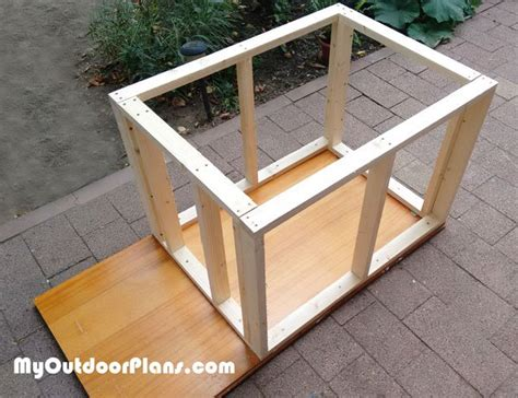 diy insulated dog house diy insulated dog house myoutdoorplans free woodworking plans and projects diy