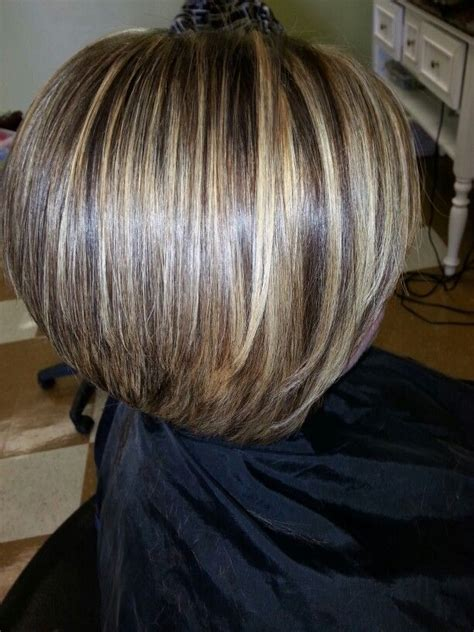 hairstyles with lowlights short inverted bob with highlights and lowlights short