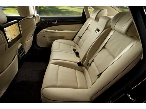2015 Equus Review by 2015 Hyundai Equus Prices Reviews And Pictures U S