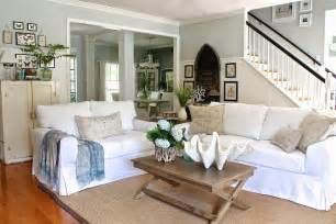 Where To Put Sofa In Living Room Comfortable White Slipcovered Sofa That Brings Sophistication In Your Living Room Space Homesfeed