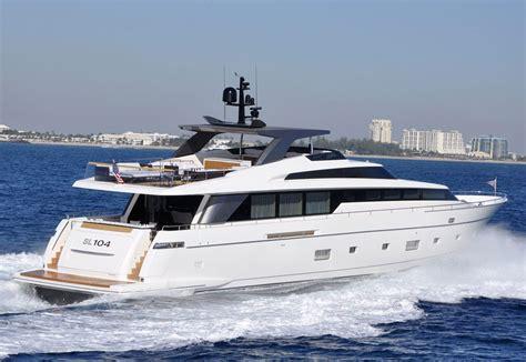 sanlorenzo sl104 yacht to debut at the miami international - San Lorenzo Miami Boat Show
