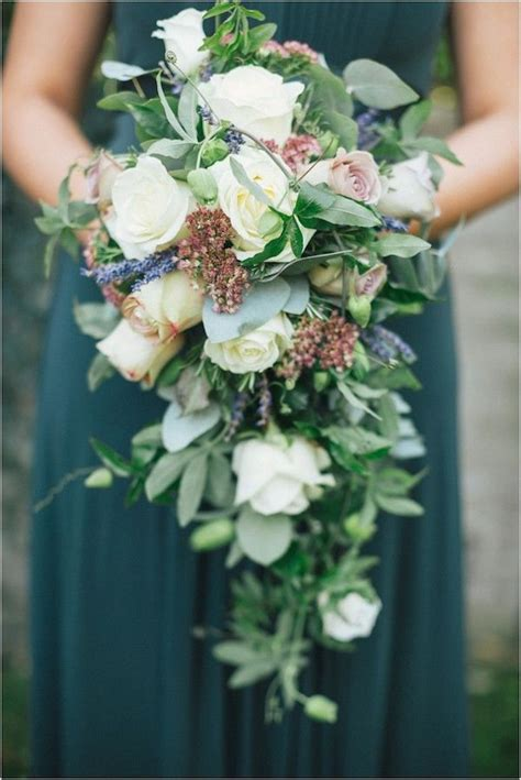 Wedding Bouquet Tips by 20 Stunning Cascading Bouquets Expert Tips From Florists