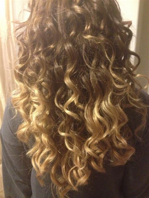 curly hairstyles ombre curly ombre hair styles pinterest