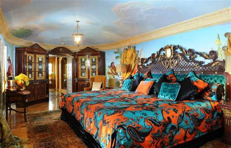 versace bedroom gianni versace s former mansion opens up as a boutique hotel in miami pursuitist