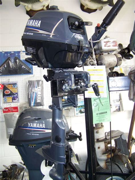 boat brands starting with b 2 5 horse power yamaha marine outboard engine four stroke
