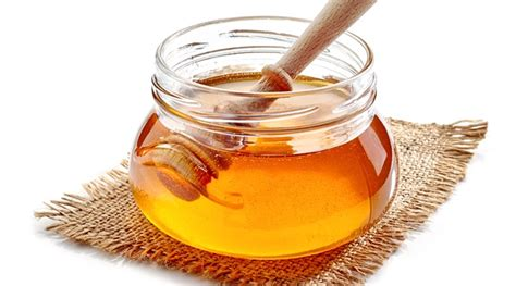 carbohydrates 1 tablespoon of honey nutritional value of honey health benefits types of