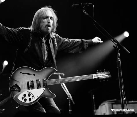 tom petty tom petty learning to fly books movies music pinterest