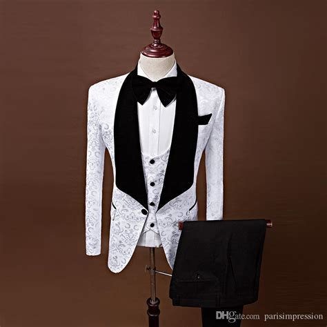 Groom Tuxedos Groomsmen Red White Black Blue Shawl Lapel