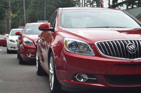 quot experience buick quot sweetens the deal by simplifying lease