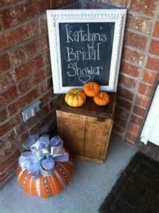 cozy and warming up fall bridal shower ideas happywedd