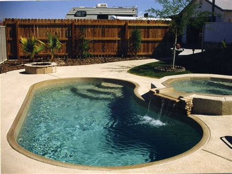 pools small fiberglass pools top 9 picture ideas with 32 best images about pools on pinterest small yards