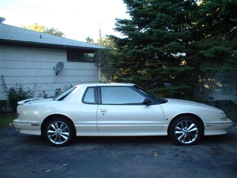 how do i learn about cars 1992 oldsmobile cutlass supreme windshield wipe control 1nicetrofeo 1992 oldsmobile toronado specs photos modification info at cardomain