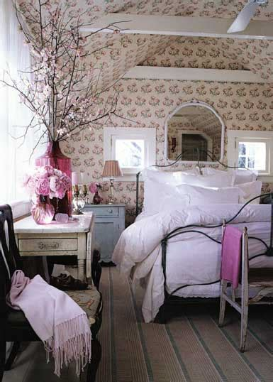 why is it called a master bedroom stylefile 47 think pink for decorating nibs