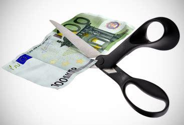 torvaianica parte raccolta firme dei stipendi dei manager tetto massimo a 588mila per