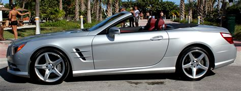 which sign denotes a mercedes mercedes sl 550 rental miami la nyc