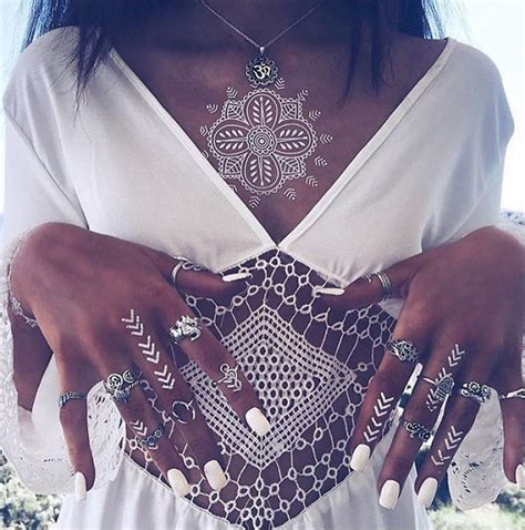 tattoo henna white stunning white henna inspired tattoos that look like
