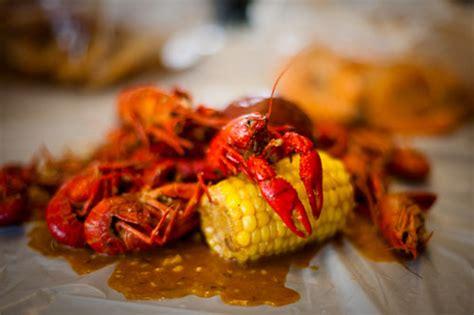 cuisine cajun facts about cajun food razzoo s cajun caf 233