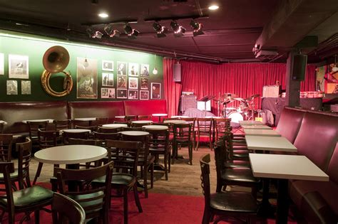 jazz in nyc guide for info on the city s best jazz shows