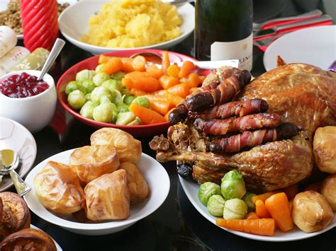 images of christmas dinner uk s favourite food to eat on christmas day revealed the
