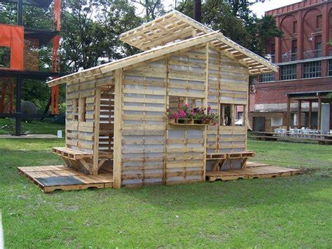 diy pallet house plan