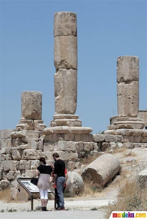 foto menelusuri sisa sisa peninggalan romawi kuno