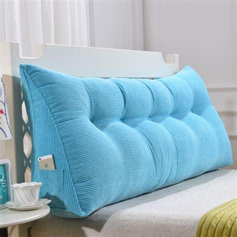 gros coussin canap gros coussins de canape maison design modanes com